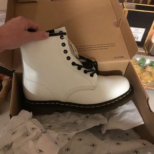 Men's size 10 white Doc Martens